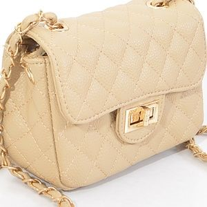 Quilted Classic Chain clutch bag